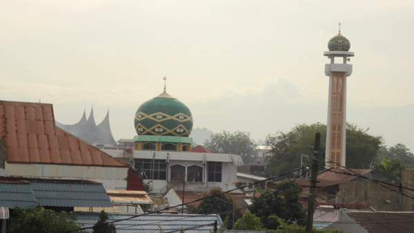 Most people in Sumatra - Muslims. It heard them several hours a day